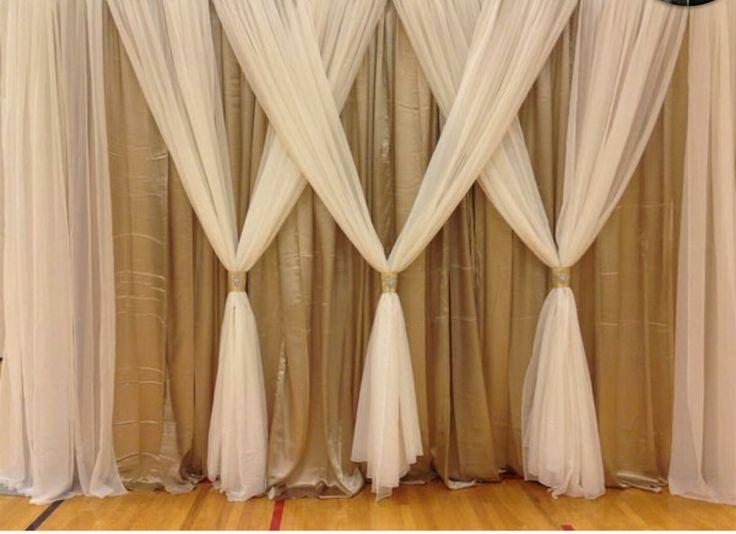 Love this simple and yet elegant curtain idea!