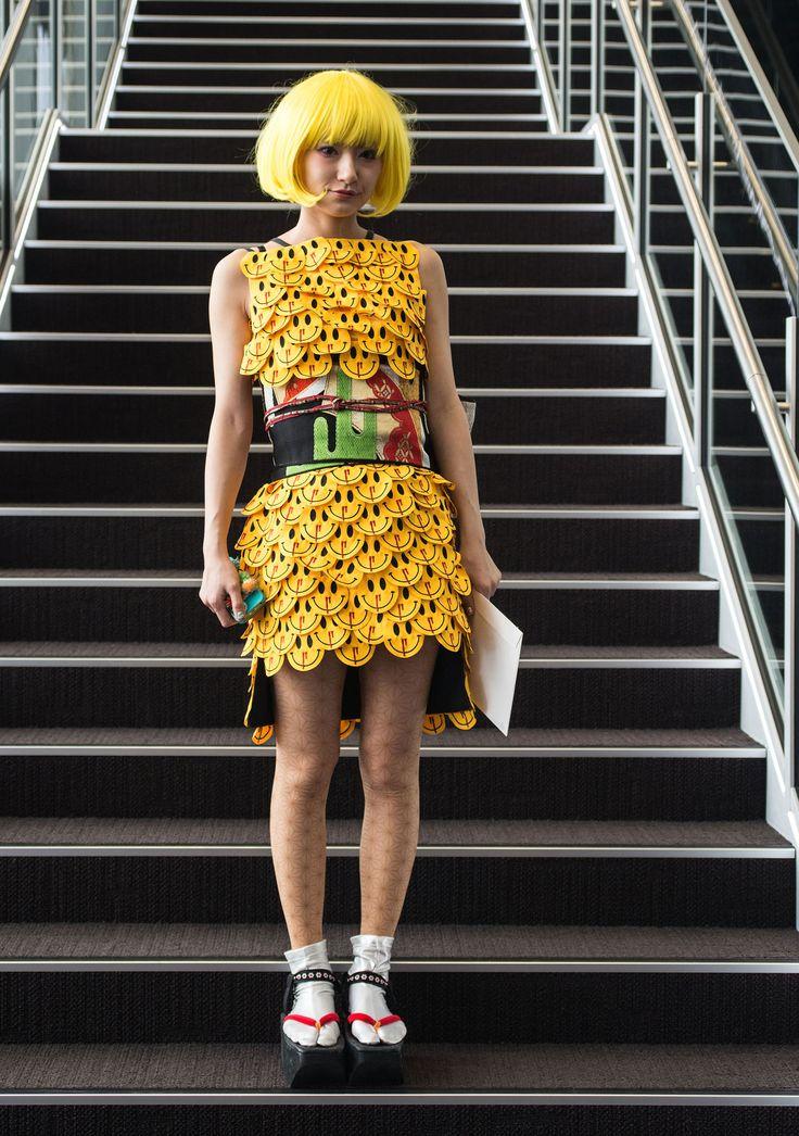 Galeria de Fotos Fora da caixa: o street style superoriginal da semana de moda de Tóquio // Foto 1 // Notícias // FFW