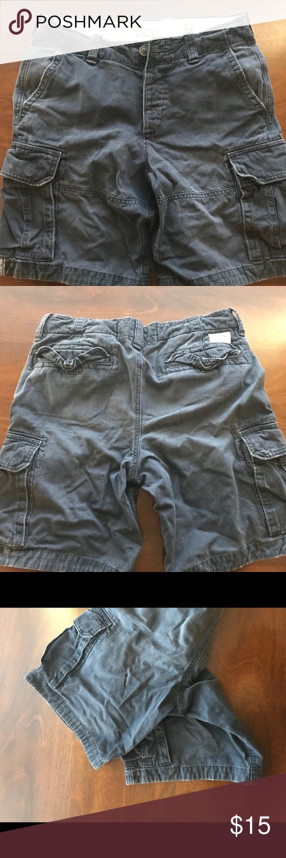 Abercrombie & Fitch cargo shorts size 32 navy blue Abercrombie and Fitch cargo shorts. Navy blue, size 32, no rips, no tears, no missing buttons, no stains. Very good worn condition. Minimal fraying Abercrombie & Fitch Shorts Cargo