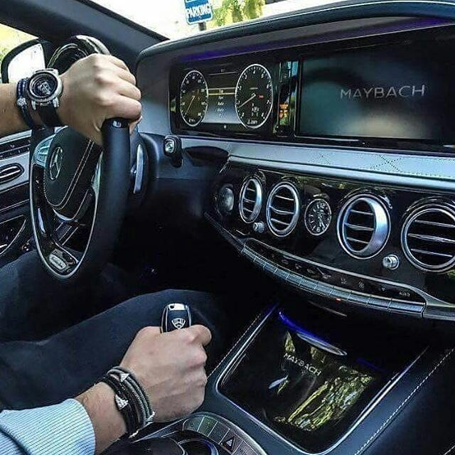 Best 25 billionaire lifestyle ideas on pinterest for Mercedes benz lifestyle