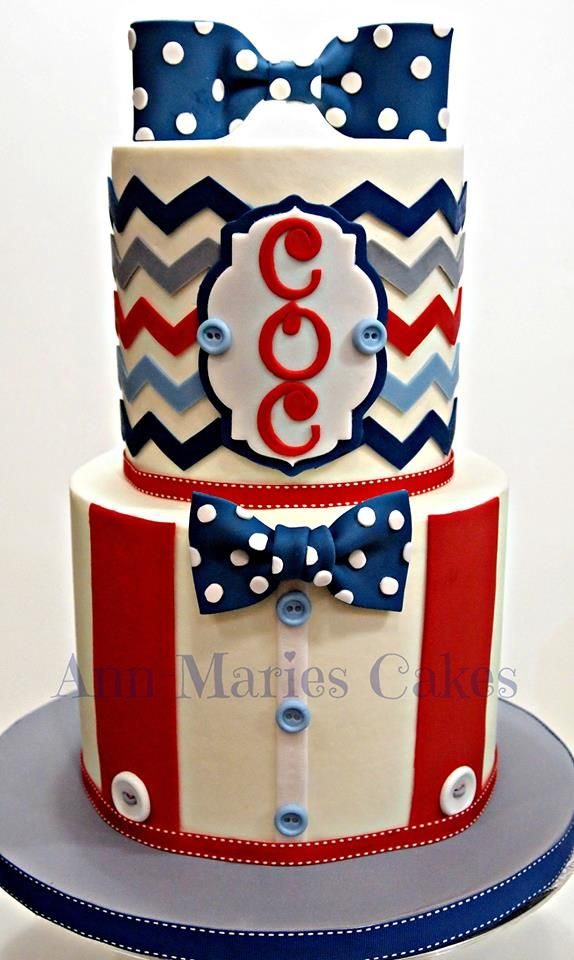 By Ann-Marie's Cakes - using our Chevron Silicone Onlay