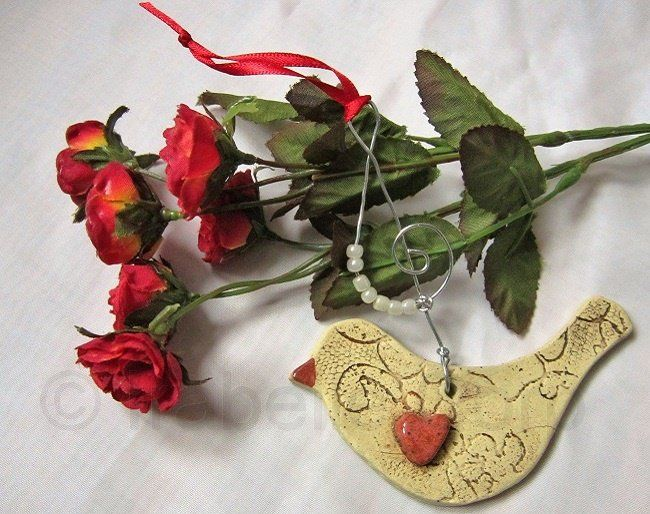 Messanger+Bird+Ornament,+Gift,+Heart,+Lace,+Clef+Note,+Pottery,+Ceramic,+by+Tulipe+Studios