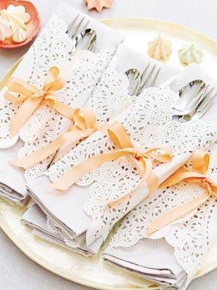 Les 25 meilleures id es de la cat gorie ronds de serviette sur pinterest serviettes serviette - Attache serviette de table ...