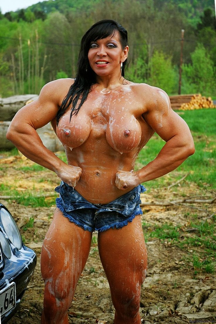 Muscle female bodybuilder sexy