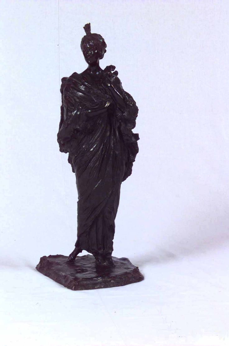Escultura de Victoria Ocampo. Artista: Paolo Troubetzkoy. Fecha: 1912.