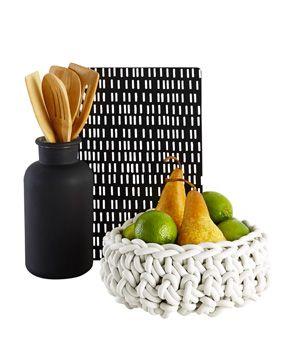 Minimalist crochet rubber bowl