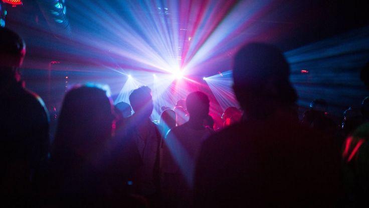 Stiller Feiertag vor Ostern: Mehrheit befürwortet Tanzverbot an Karfreitag