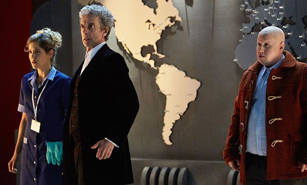 """I've been away for a while but I'm back!"" Doctor Who takes centre stage in new BBC1 Christmas trailer #DoctorWho"