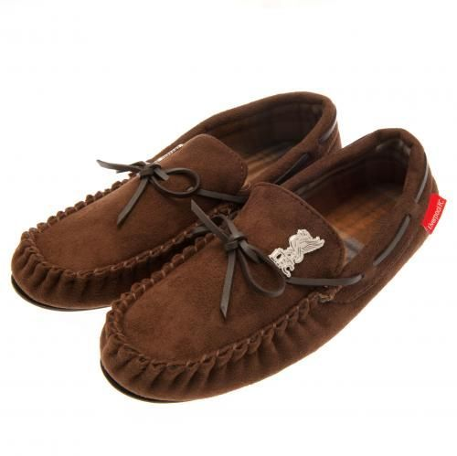 Stylish Liverpool moccasins with a luxury soft insole and featuring a metal club crest badge. FREE DELIVERY on all of our gifts