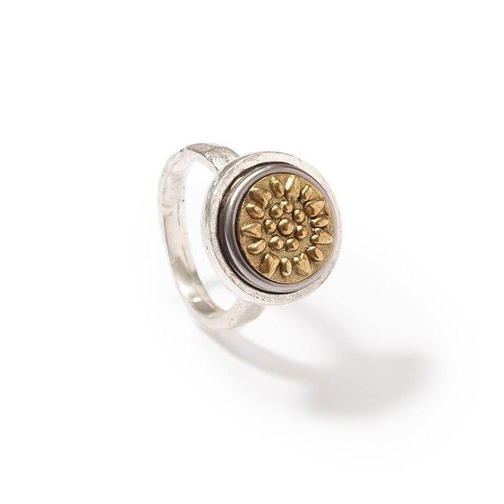 NOOSA-Amsterdam petite rings ❥