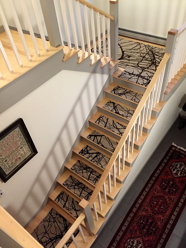 Lovely Barberry Landing + Alto Steps #altosteps #coolstairtreads #rugsforstairs  #stairsteppers