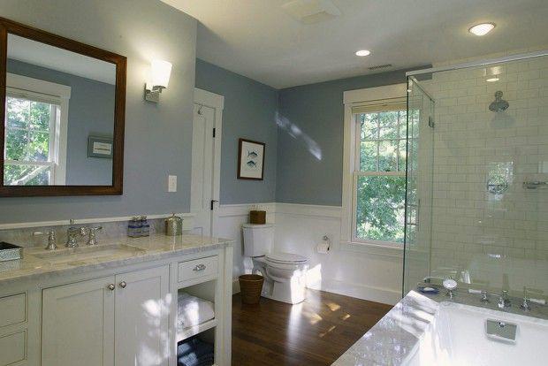 Голубые стены в интерьере ванной комнаты