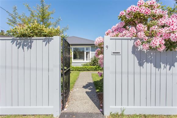 Zoned for Superb Living   Harcourts Gold Real Estate