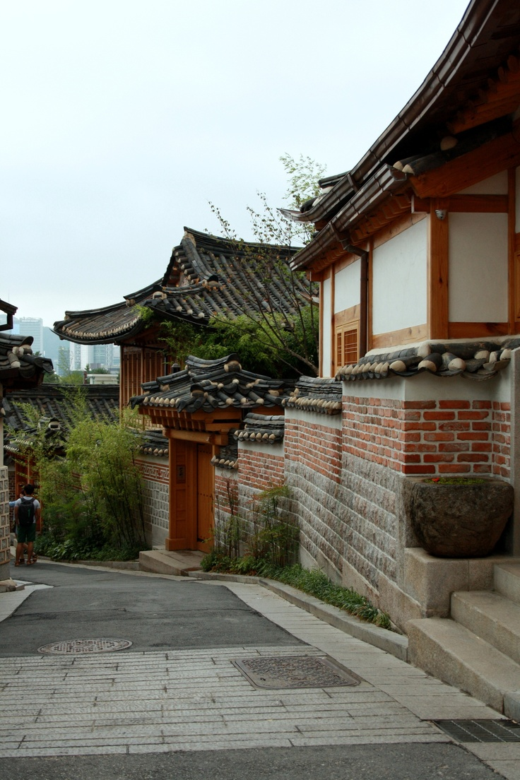 Traditional Korean neighborhoods are becoming a thing of the past