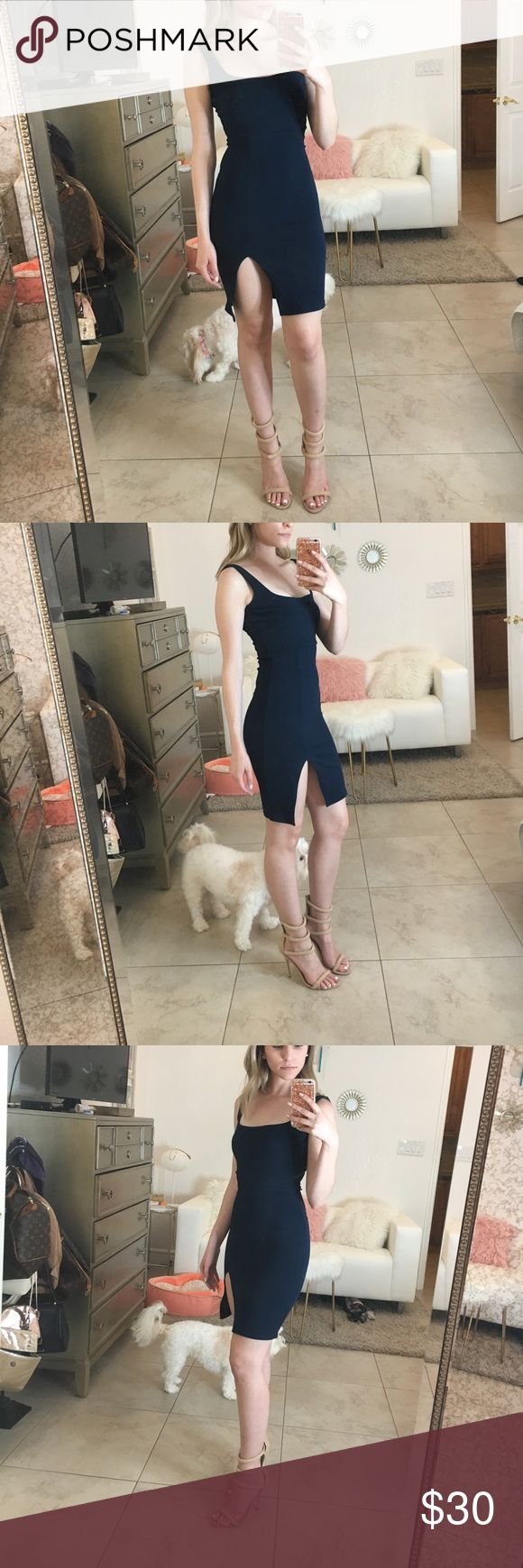 Misguided square neck side split midi dress navy Beautiful fit and color. Definite show stopper!! Missguided Dresses Mini