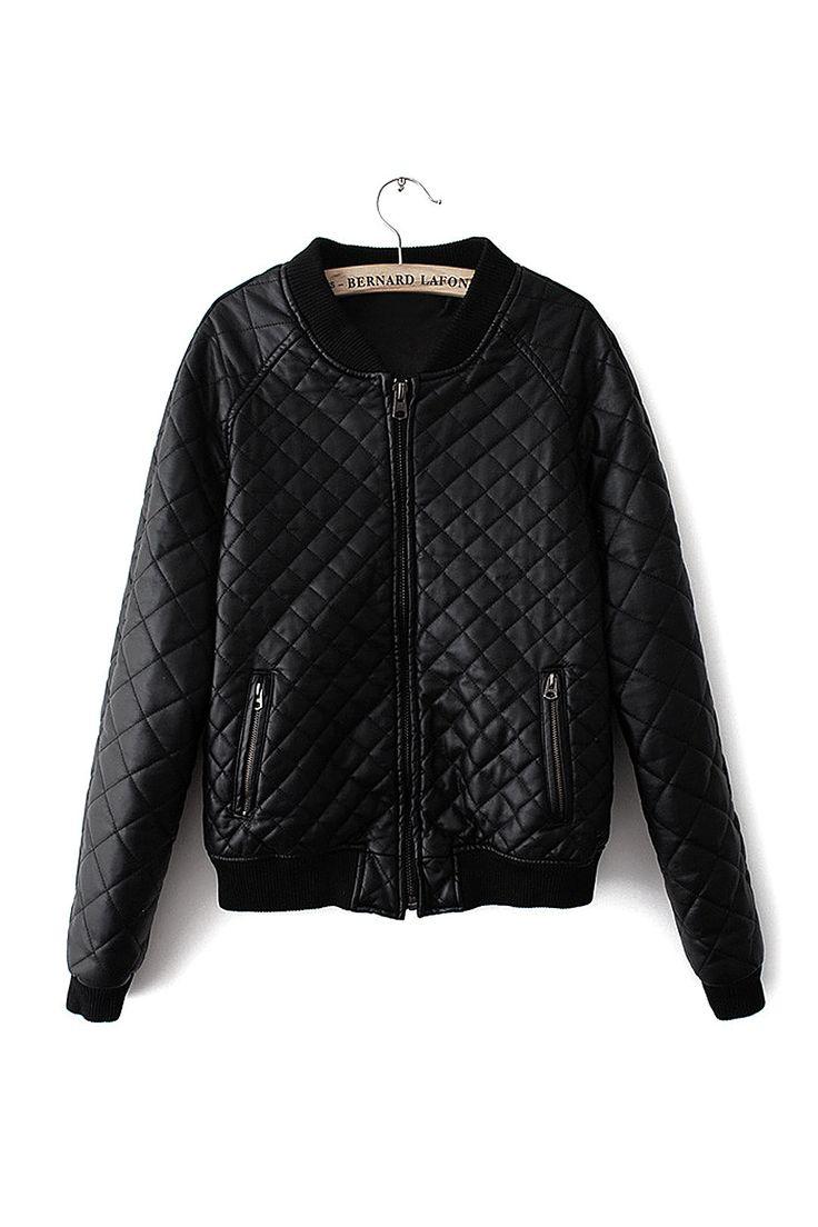 Este tipo de características jaqueta acolchoada revestimento, colarinho com nervuras, bolsos com fecho zip e fecho frontal. O artigo é perfeito para mostrar-lo fresco e quente.