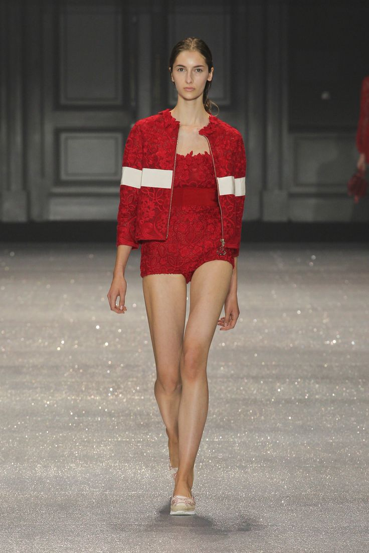 Moncler Gamme Rouge Spring-Summer 2015 Show #moncler #gammerouge #ss15 #pfw