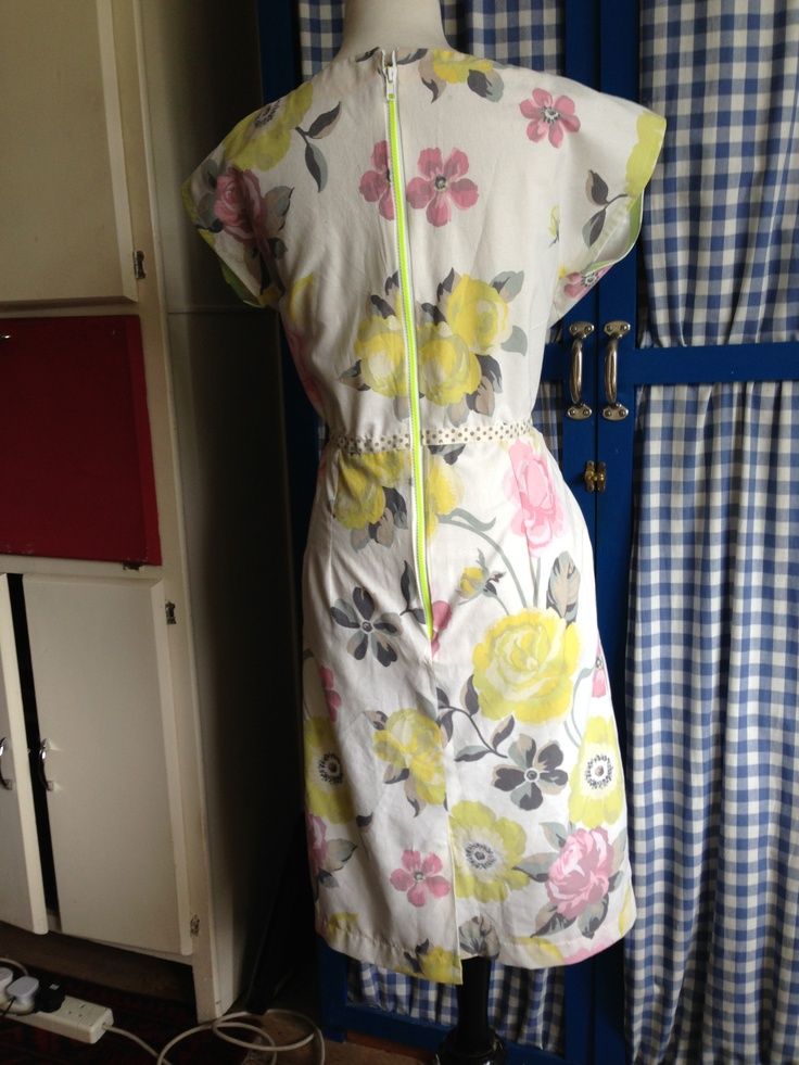 Back of vintage dress. I modernised it with chunky, neon, visible zip #FGFF