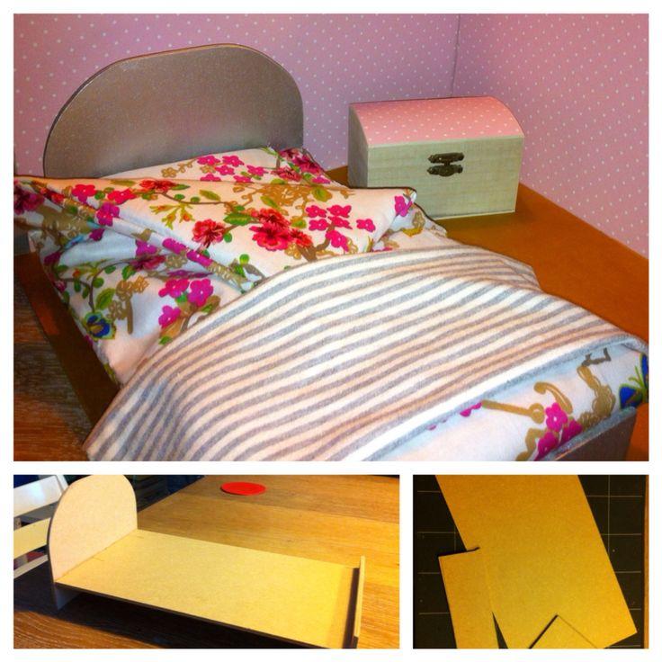 Barbiehuis slaapkamer, bed, beddengoed, hutkoffer, sprei, dekbed