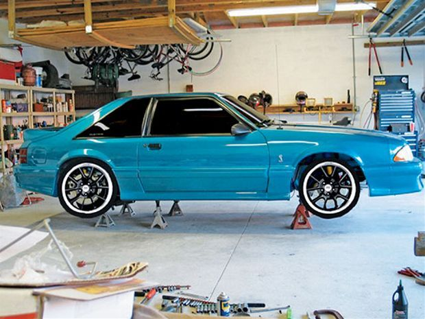 View Mmfp 0712 03 Z+1993 Ford SVT Cobra Mustang Project Stolen Goods+engine Bay - Photo 9154819 from 1993 Ford SVT Cobra Mustang Project Stolen Goods - Muscle Mustangs & Fast Fords Magazine