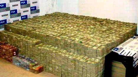 Un capo narco que vivía entre pilas de dólares, lujos y excentricidades