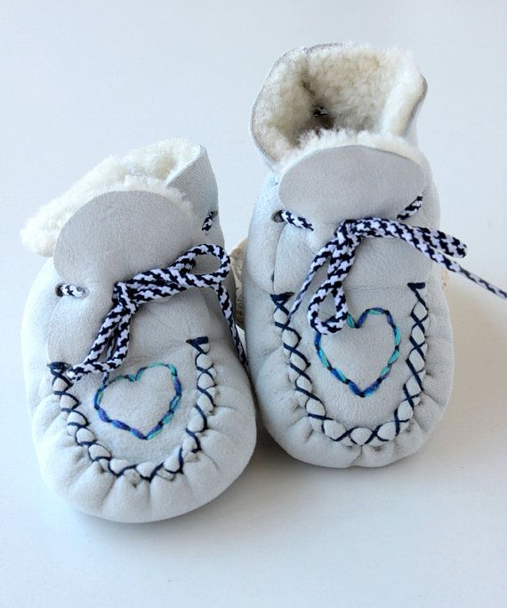 Baby Unisex booties First Steps crochet shoe slippers by lefushop