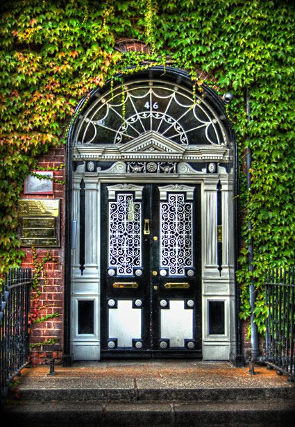 Fitzwilliam Square, DublinPhotographers Doors, 46 Fitzwilliam, Irish Doors, Georgian Dublin, Georgian Doors, Doors Of Dublin, Dublin Doors, Dublin Architecture, Fitzwilliam Squares