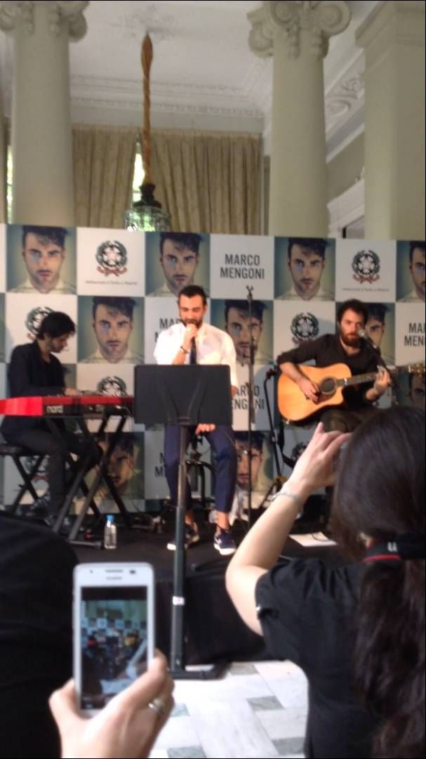 Marco Mengoni - Incomparable Live