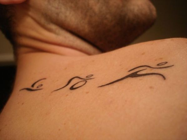 love this idea to remember my first tri... gotta work the breast cancer ribbon in there though...