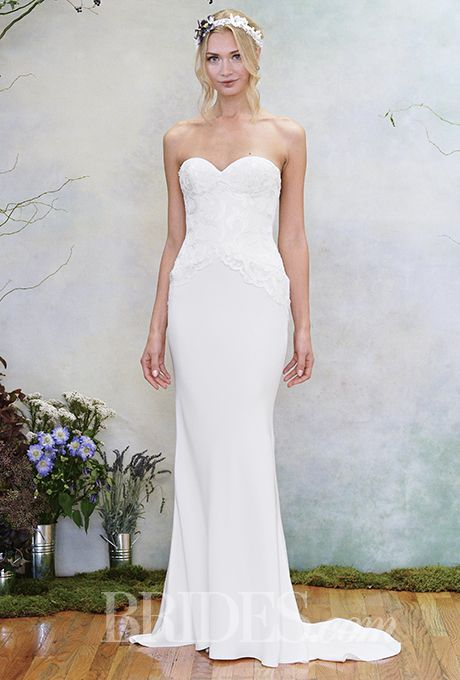 A simple strapless gown from @efillmore   Brides.com