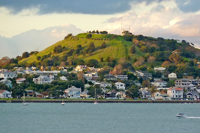 A view of Devonport - a quaint village suburb on Auckland's North Shore. It's an easy ferry ride from Auckland City, a great place to hang out for the day, or live.
