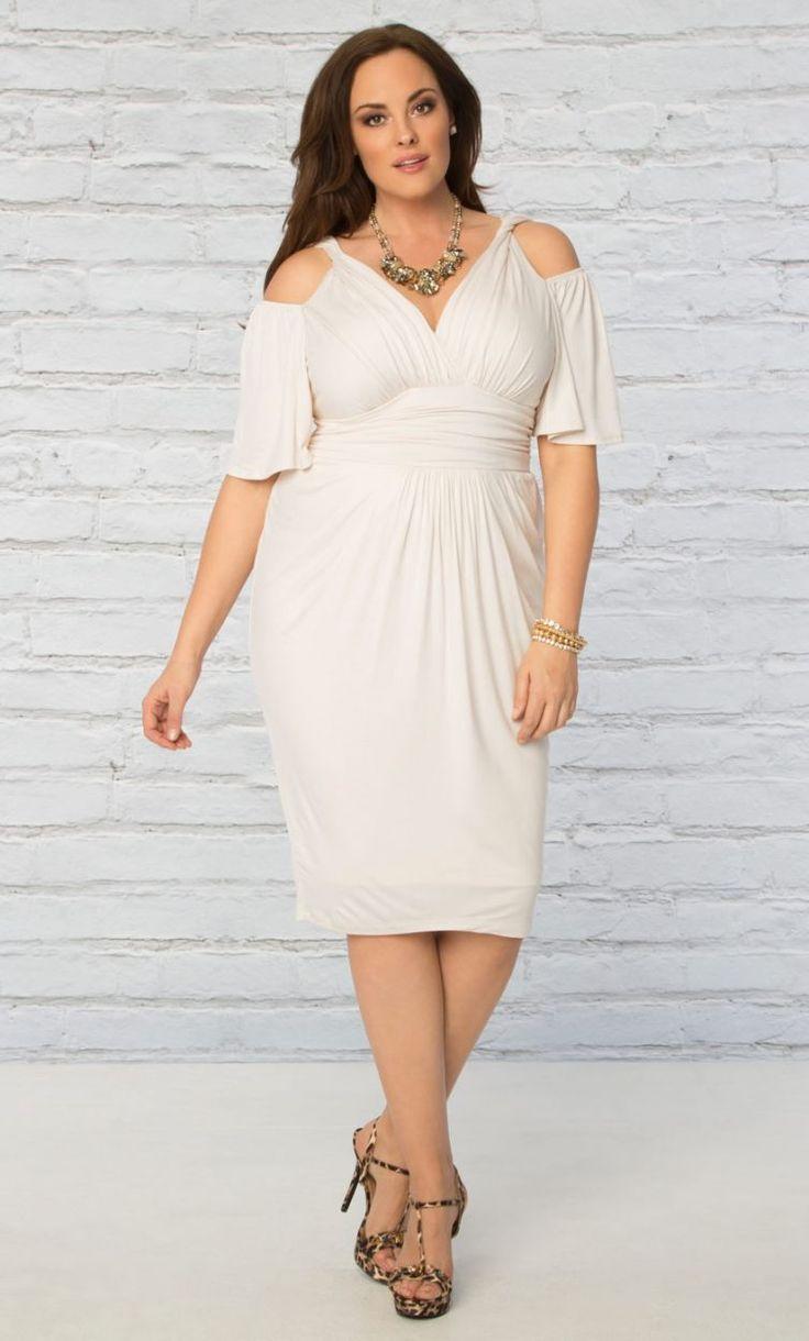 Best 25+ Dresses for larger ladies ideas on Pinterest | Clothes ...