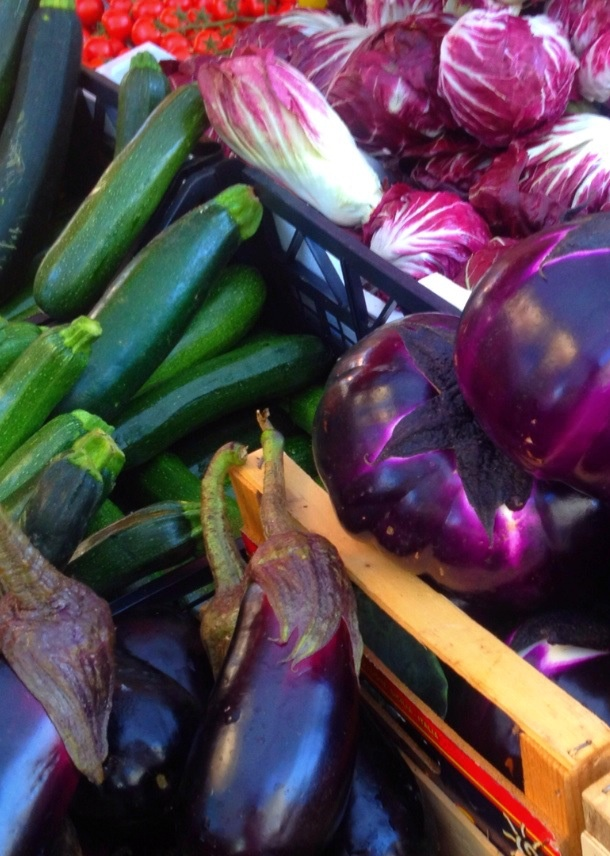 bright, seasonal veg @ ballaro market