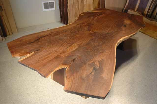 Chainsaw Cut Slab Table Chainsaw Furniture Pinterest