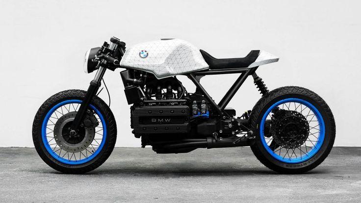 Die k101ist ein handgebautes Motorrad-Projekt von Impuls, hinter dem Philipp Wulk und Matthias Pittner stehen.Das Motorrad entstand in Zusammenarbeit mit dem Künstler Fabian Gatermann. Auf Basis einer BMW K100 von 1985 enstand ein minimalistisches Einzelstück. Durch die völlige Neuinterpretation der Erscheinung und durch die Verwendung von speziell angefertigten Teilen wird das Motorrad selbst zu einem Kunstwerk. Das k101 Projekt stellt eine Fusion von Kunst und Motorrad dar. Die Bemalung…