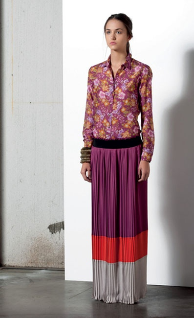 Look 09 . 628 Camicia / Blouse . 719 Gonna / Skirt . 238 Bracciale / Bracelet . 239 Bracciale / Bracelet