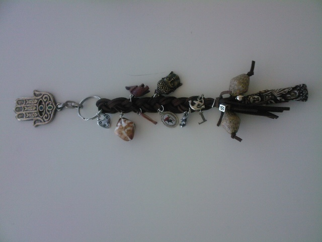 Friendship chain, can be used to display, as keyhanger or on your handbag as eye catcher