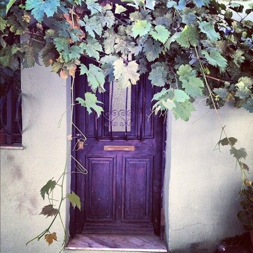 #thessaloniki #kastra #door #house #vintage by andrianati http://instagr.am/p/PCXPvQHf15/