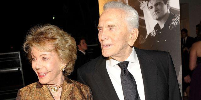 Kirk Douglas et son épouse Anne Buydens à Santa Barbara en 2009
