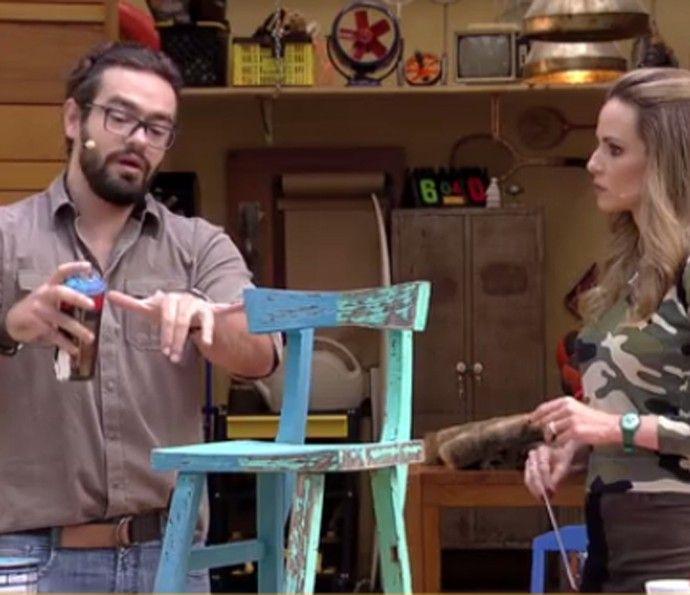 Fábio Basso ensina Ana Furtado a renovar móveis (Foto: TV Globo)
