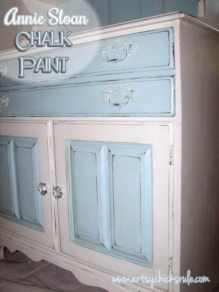 Dated 70′s Hutch – Transformed into a Coastal Shabby Treasure {Annie Sloan Chalk Paint} /Artsy Chicks Rule
