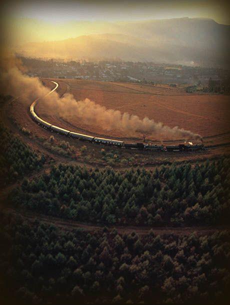 Luxury train trips through Africa www.lederlesafaris.com