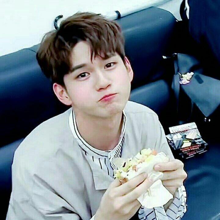Kang Daniel adalah pacar pertama seorang ong seongwoo. Namun seongwoo… #fiksipenggemar # Fiksi penggemar # amreading # books # wattpad