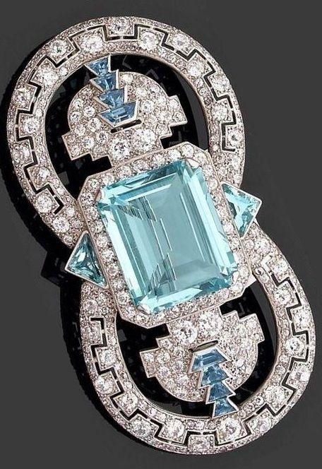 An important Art Deco diamond, aquamarine and platinum brooch, by Cartier,  circa…