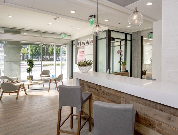 Top 25+ Best Office Reception Design Ideas On Pinterest