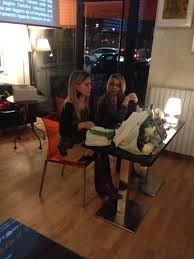 Micaela Scapin e Isa Grassano presentano Scusate per il disturbo LA TOLETTA | edizioni | Milano