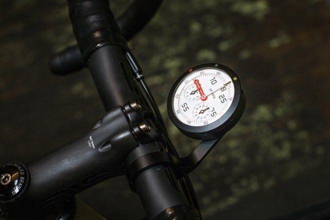 「お・ま・た」…自転車用GPS内蔵アナログスピードメーター「OMATA One(オマタ ワン)」 - えん乗り