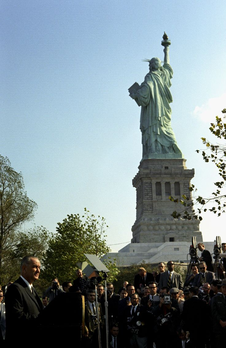 ICYMI: How Trump's 'Shithole Countries' Comment Echoes a Century of American Immigration Policy