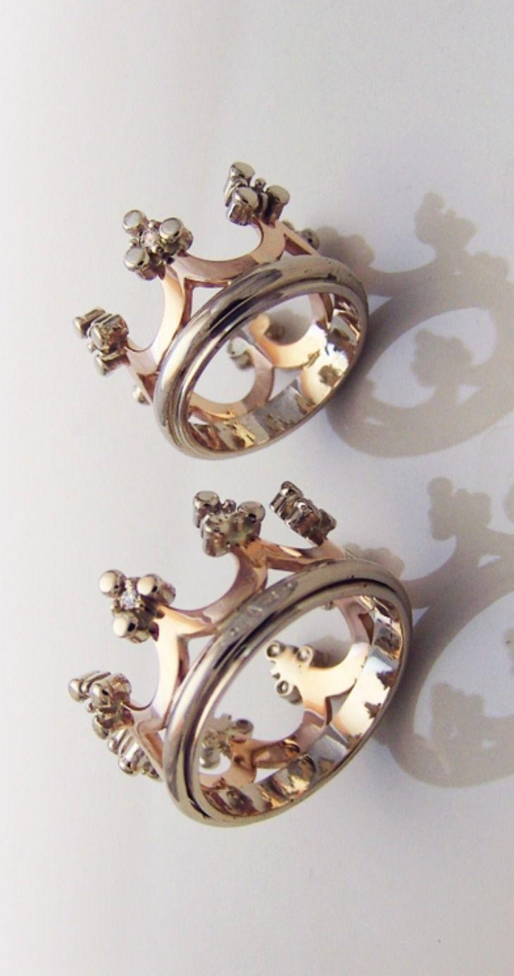 Corona (gold) - Obrączki ślubne z różowego i białego złota wysadzane diamentami. Styl bizantyjski / ALEKSANDR TIVODAR / Biżuteria / Obrączki Ślubne