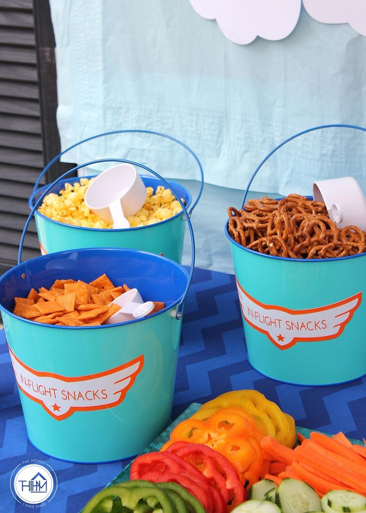 In-flight snacks for a Disney's Planes 4th Birthday Party